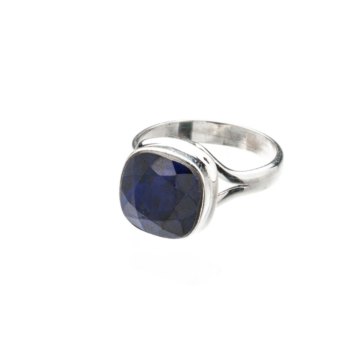 Кольцо из серебра с натуральным сапфиром, 18.5 размер