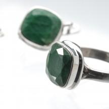Кольцо из серебра с корундом, 19 размер