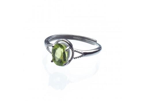 Кольцо из натурального хризолита, безразмерное