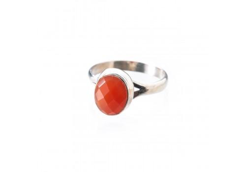 Кольцо из серебра с сердоликом, 18 размер