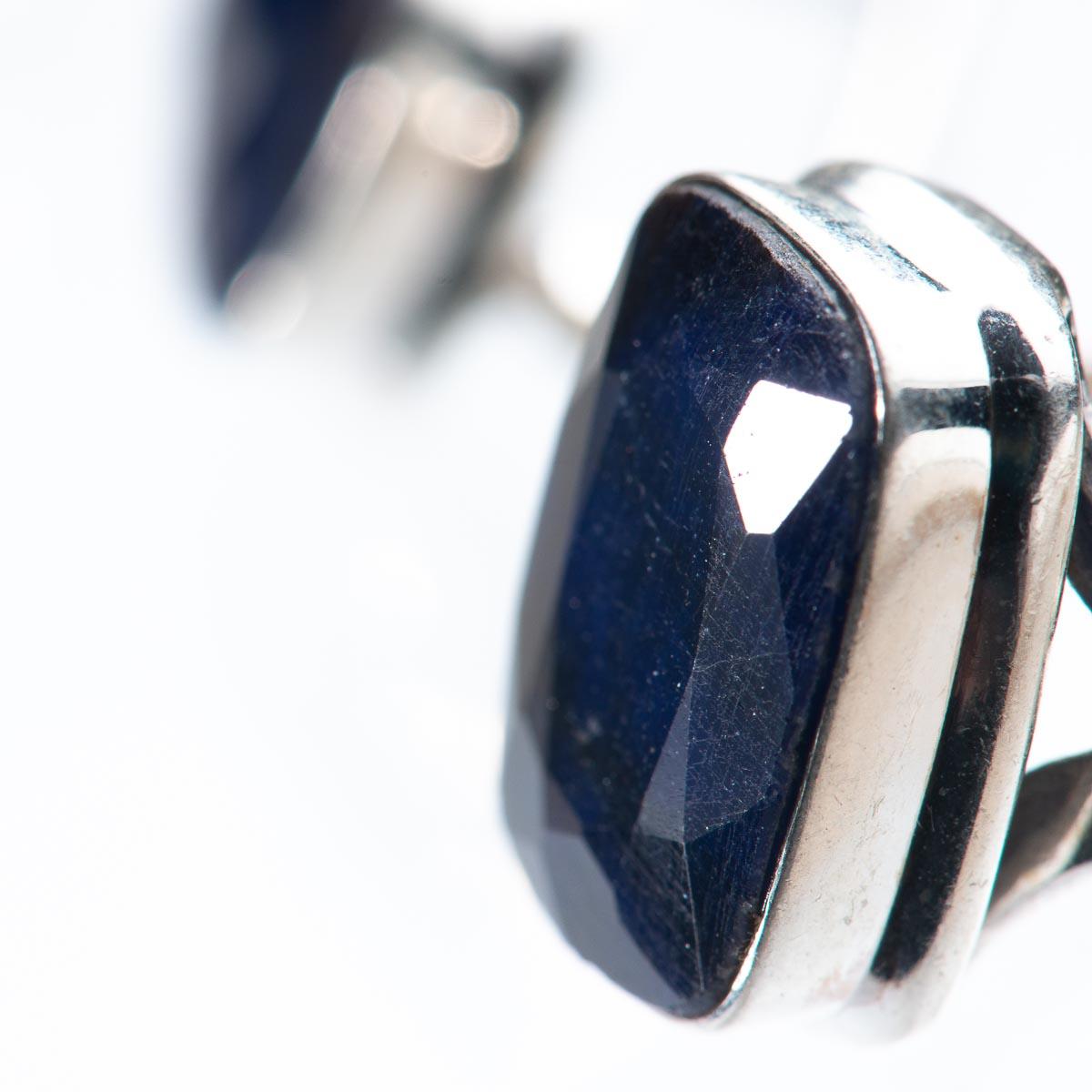 Кольцо с сапфиром из серебра