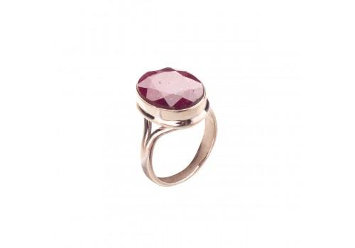 Кольцо  с натуральным рубином из серебра