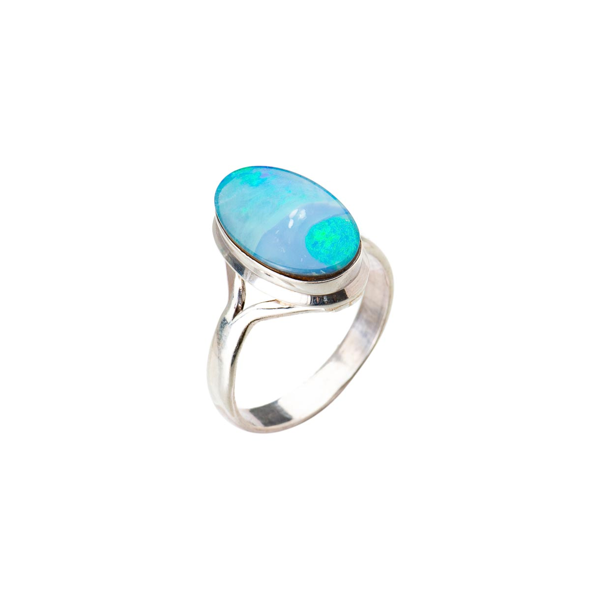 Кольцо с натуральным благородным опалом из серебра