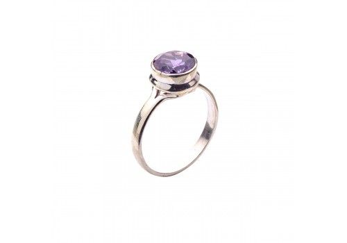 Кольцо с александритом из серебра