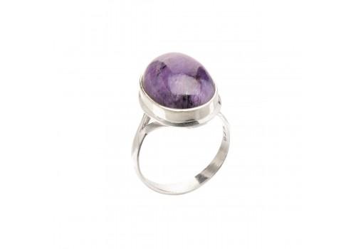 Кольцо с натуральным чароитом из серебра